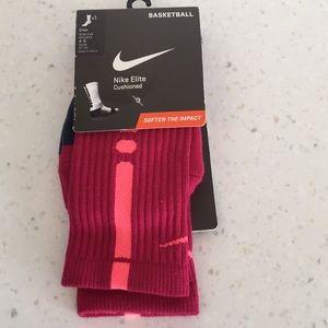 Nike Elite Girls Basketball Crew Socks